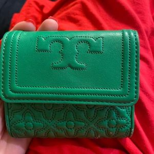 Authentic Tory Burch wallet!!
